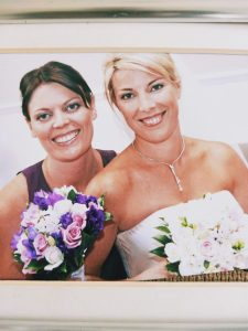 Lindy on her wedding day with sister Jodie