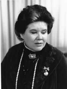 Shirley, 1990